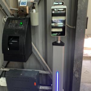 control de acceso y toma de temperatura